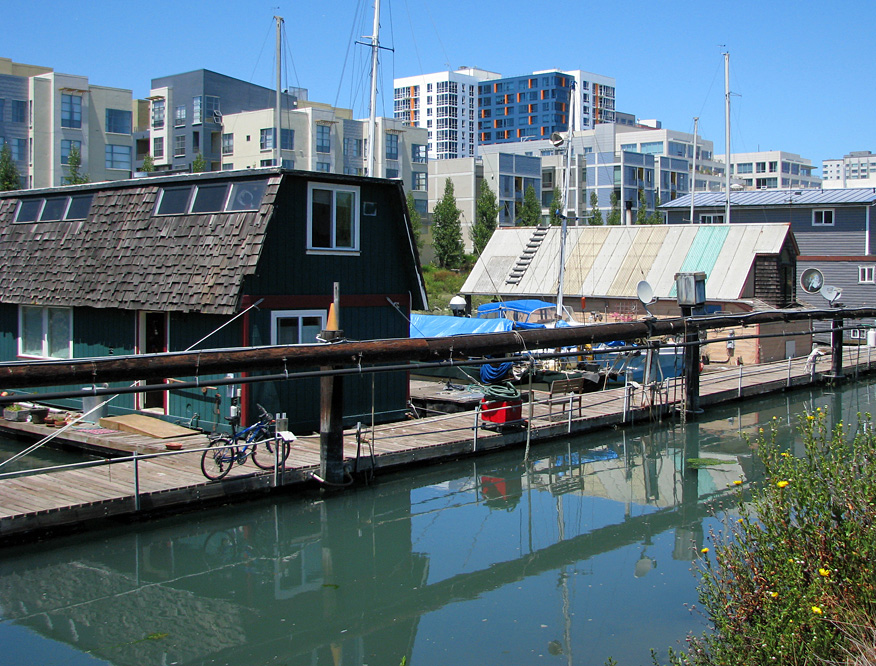 Mission Creek Houseboats